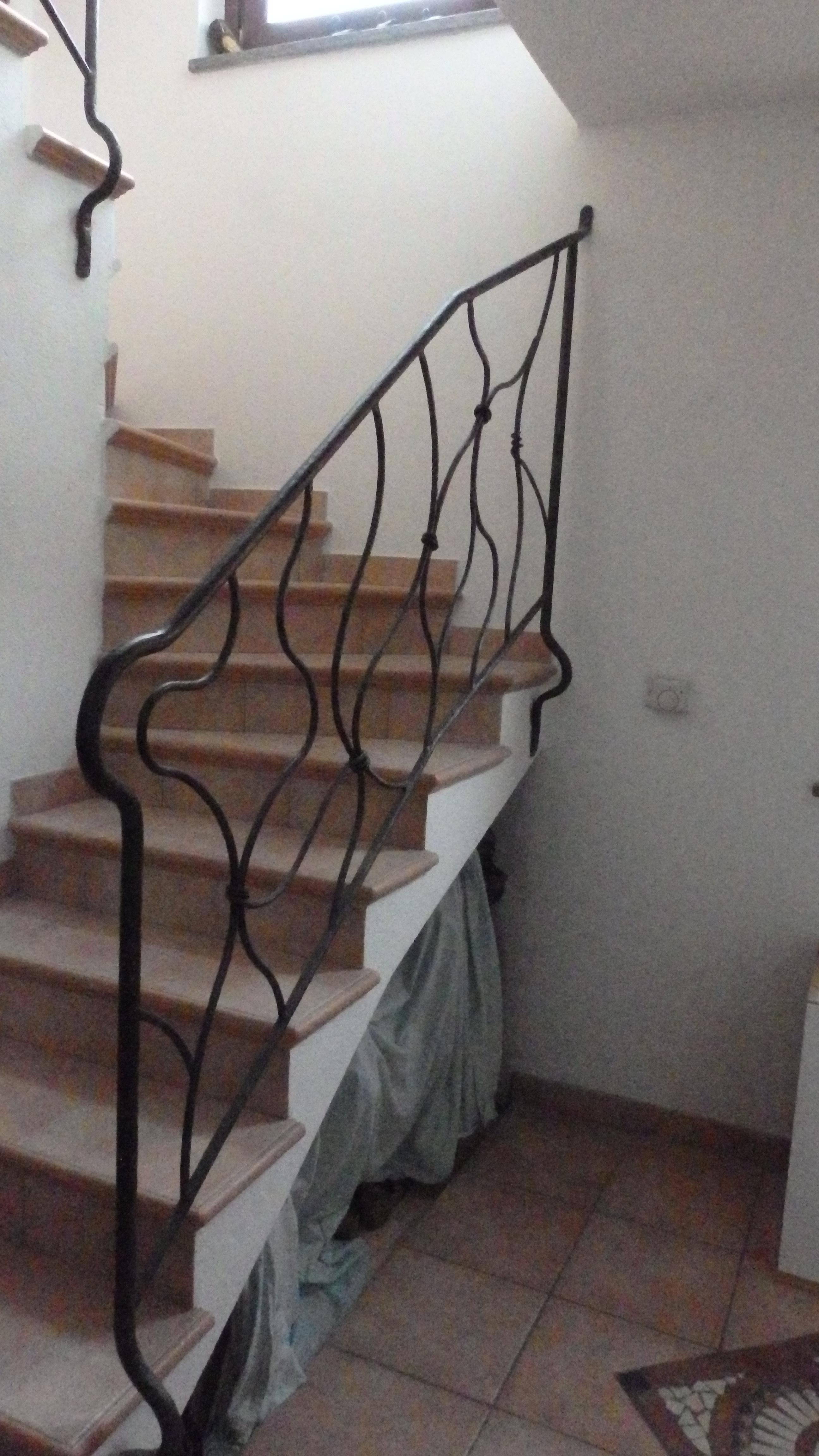 Ringhiera per interni in ferro battuto tipo moderno - Ringhiere per interni ...